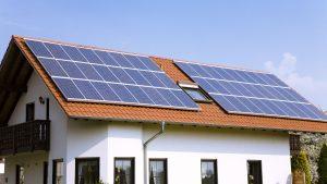 pin năng lượng mặt trời lắp mái nhà